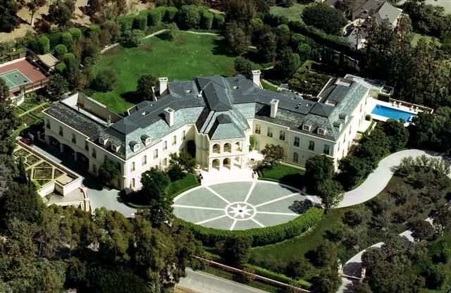 Aaron Spelling Mansion Sells For Ungodly Sum, Even By Hollywood Standards