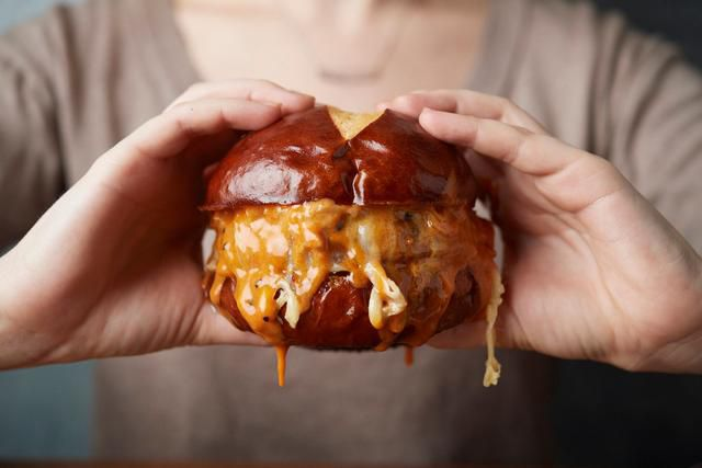 How To Make The Best Burgers, According To Experts
