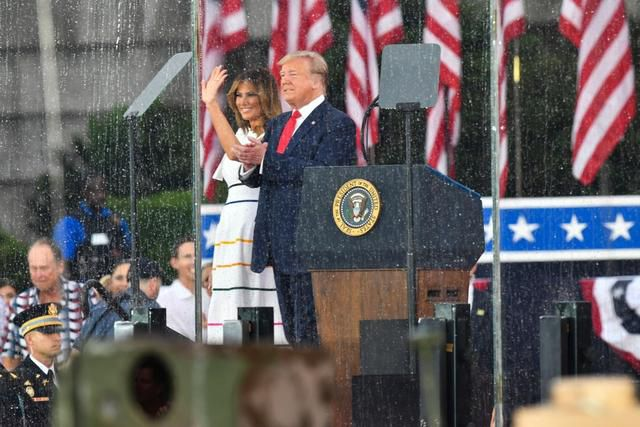 Fashion Notes: Melania Trump Defies the July 4th Rain in Rainbow Style