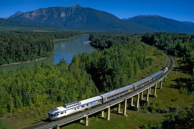 Amtrak's Southwest Chief lives to ride the rails another day