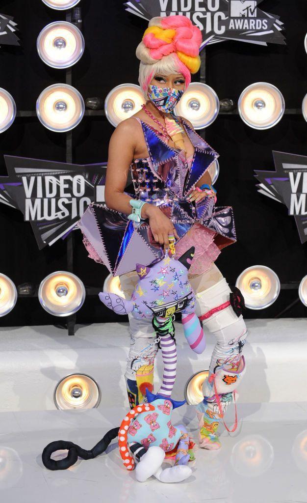 Lil Kim at the 1999 VMA Awards