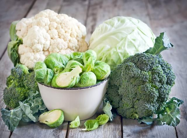 13 Best Foods to Cleanse Your Colon