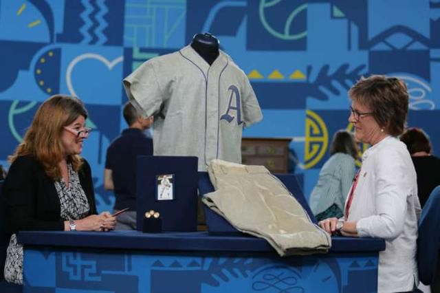 11 Authenticated Facts About Antiques Roadshow