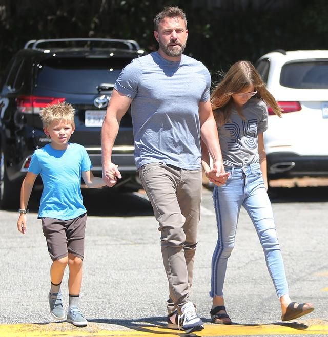Inside Ben Affleck's 47th Birthday Celebration! Traditions With His Kids, Sweet Treats and More