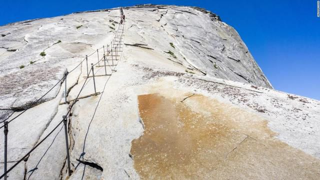 Yosemite National Park visitor dies after falling from the Half Dome cables