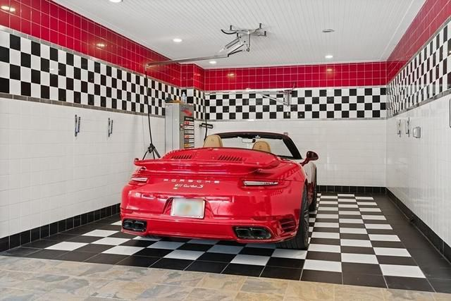 On the Market: An Enormous Mansion with Its Own Car Wash