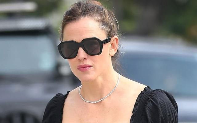 Jennifer Garner Goes to Church in LA Wearing Smock Dress & 4-Inch Sandals