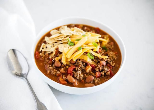 EASY 3-Ingredient Chili Recipe (30 minutes!)