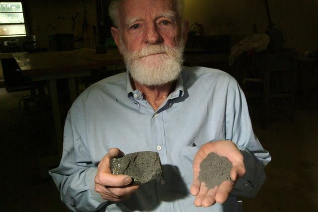 UT-Dallas geologist who made fake moon dirt, discovered dinosaur dies in Richardson house fire