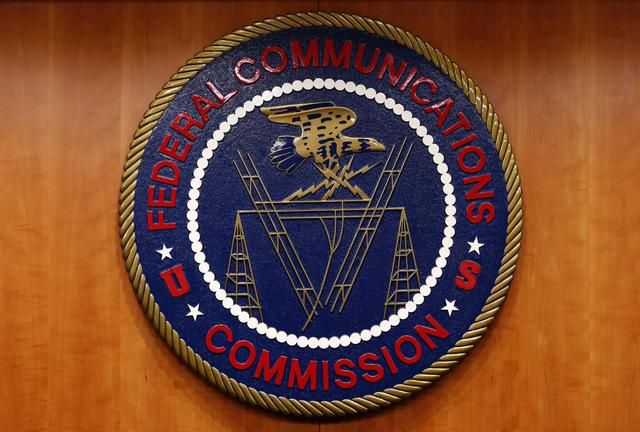 Net neutrality rules could return at state level under mixed U.S. court decision