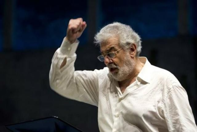 Plácido Domingo resigns from L.A. Opera 'with a heavy heart' amid harassment inquiry