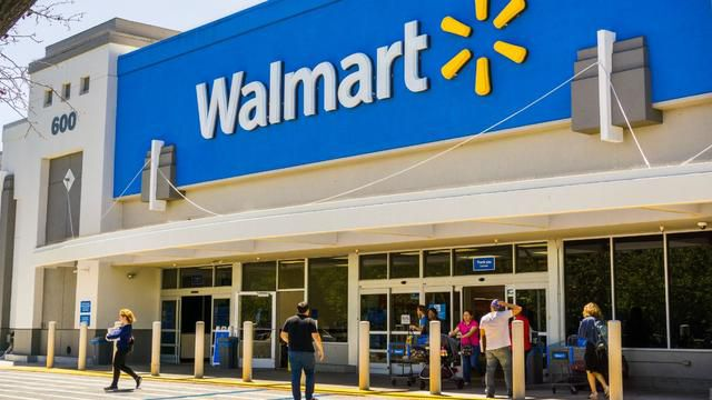 Walmart managers take home an average of $175,000 a year. How much do their workers make?