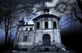 5 Real Haunted Houses And The Stories Behind Them