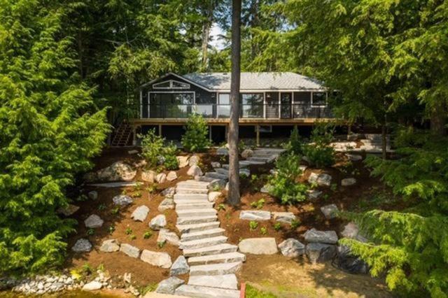 Cottage Rental of the Week: A spa-like getaway on Lake Muskoka