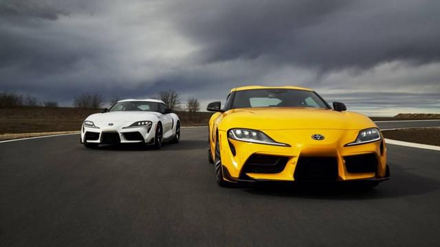 2021 Toyota Supra 2.0 vs 3.0 – The specs and a tough decision