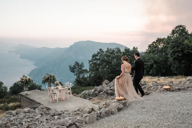 24 Elopement Pics That Will Make You Want To Skip The Wedding Hoopla