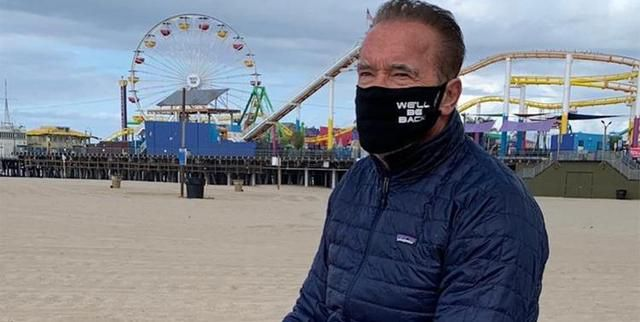 Arnold Schwarzenegger Says People Who Make COVID-19 Masks a Political Issue Are 'Morons Who Can't Read'