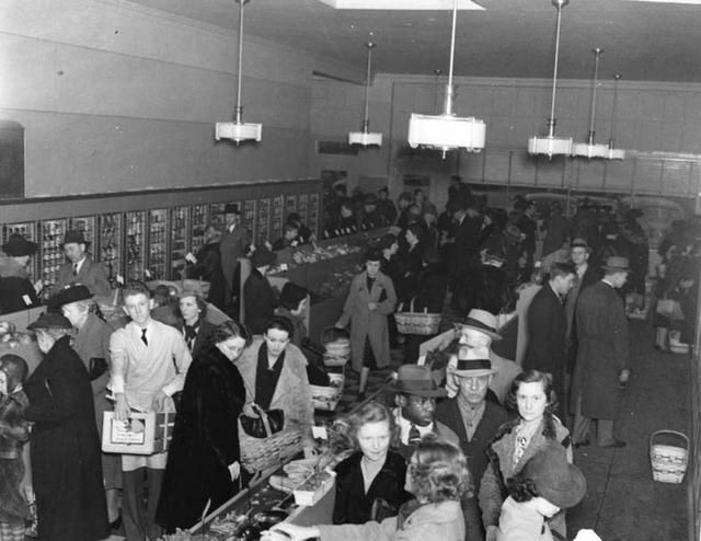 The First Automated Grocery Store Opens In 1937 Polytrendy