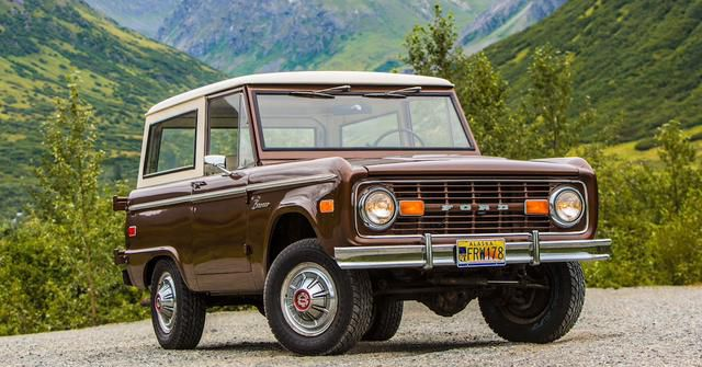 10 Classic SUVs Worth A Fortune Today (And 5 That Are Worth Pennies)