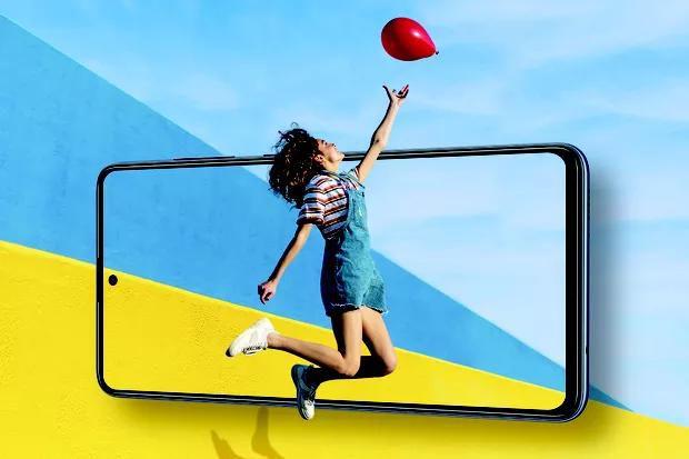 Samsung is bringing 5G to its midrange phones this year