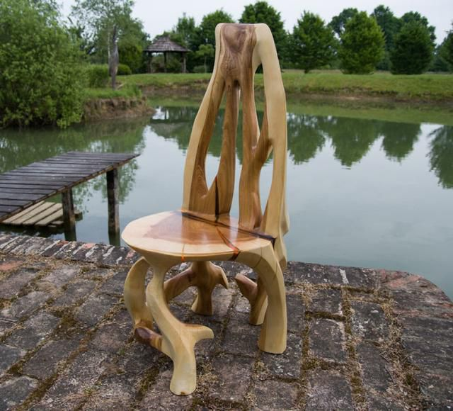 Inovative Furniture Design Or Artistic Masterpiece? These Artists Create Amazing Functional Sculptures Out Of Single Trunk By Chainsaw Carving!