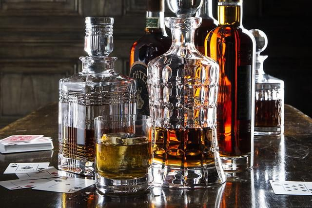 A Guide to Whiskey Decanters and the Best Ones to Buy