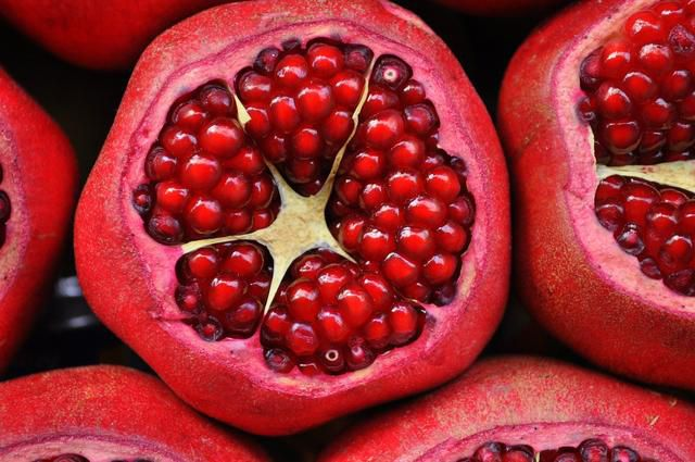 9 'Anti-Cancer' Fruits To Include In Your Diet