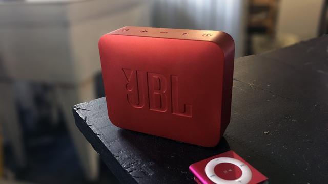JBL's Go 2 pocket bluetooth speaker is the perfect last-minute stocking stuffer