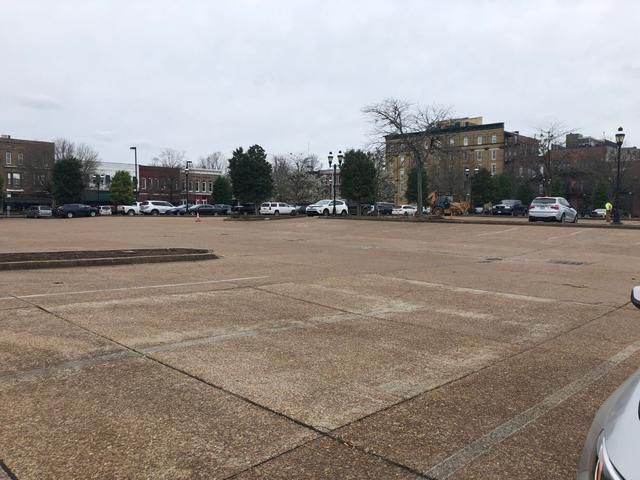 City parking study does not recommend creating additional parking downtown
