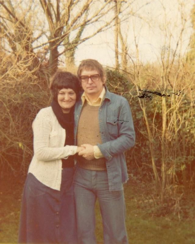 This Man Wrote 8500 Poems In 25 Years To Show His Wife How Much He Loves Her