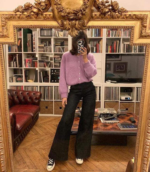 Here's How French Girls Are Wearing the Anti-Skinny Jean Trend