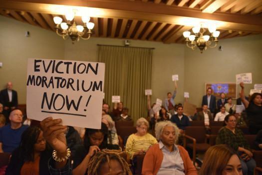 Pasadena unanimously passes eviction protection ordinance