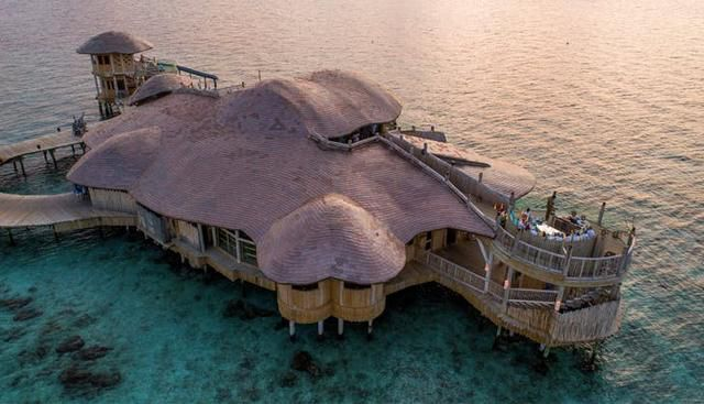 10 Incredible Resorts That Are Literally Private Islands
