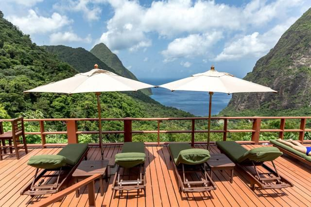 5 Luxury Hotels in St. Lucia and Their Cheaper, Similar Atlernatives
