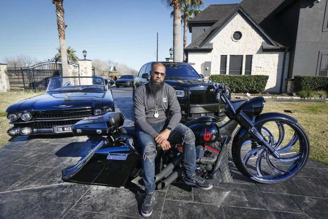 Houston rapper Slim Thug's $1M car collection