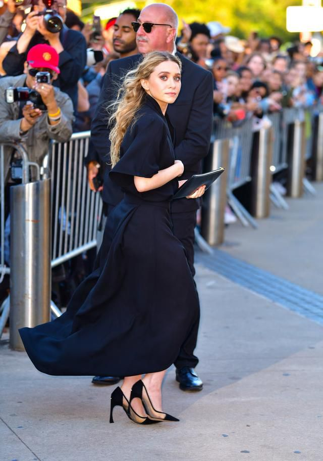 Ashley Olsen Wore the Most Over-the-Top Dress to Jennifer Lawrence's Wedding