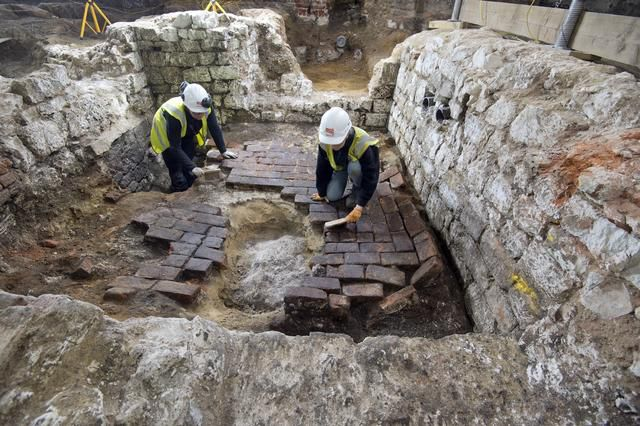 Rare tile of mythical beast discovered in 14th-century cesspit