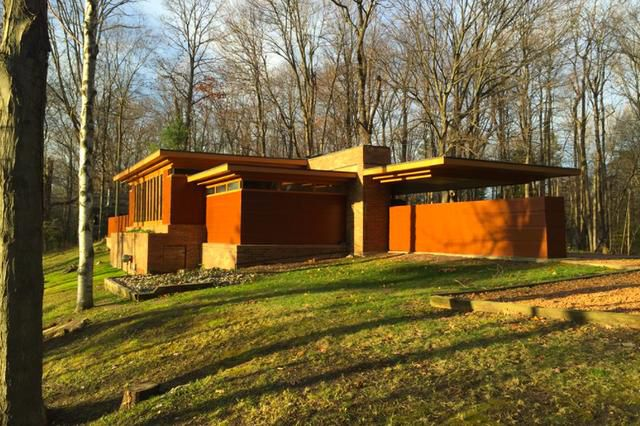 The Cheapest-Ever Frank Lloyd Wright House Just Went Up for Sale