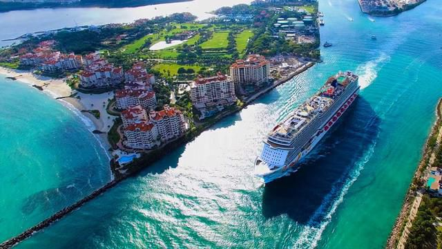 Best Cruise Ships: Cabins, Excursions, Entertainment