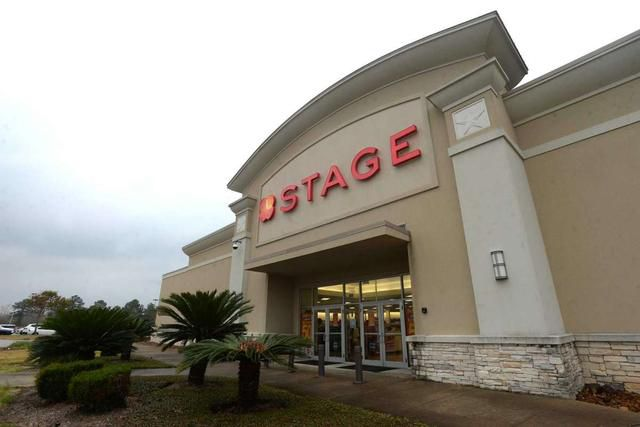 Shares of Stage Stores plunge amid bankruptcy speculation