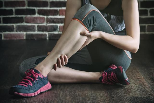 Pulled calf muscle: Symptoms and what to do