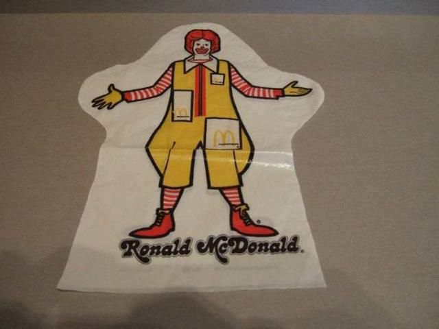 40 Photos Of McDonald's From The '80s And '90s To Show How Things Have Changed