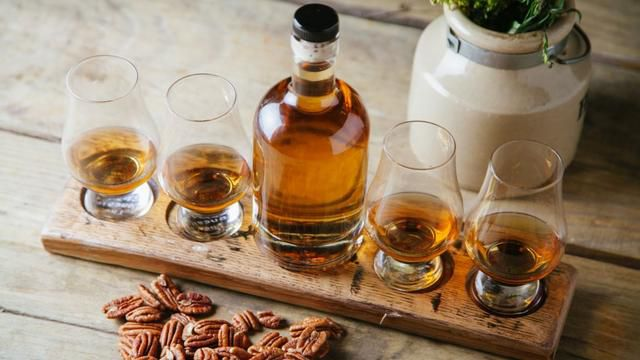 Why you should never put whiskey in the freezer