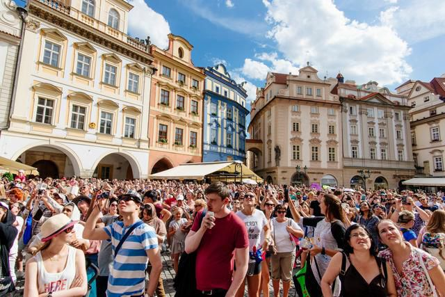 European Cities See Life Without Crowds Of Tourists - And Want To Keep It That Way