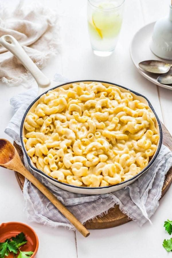 Homemade Mac and Cheese Recipe (in 15 minutes!)