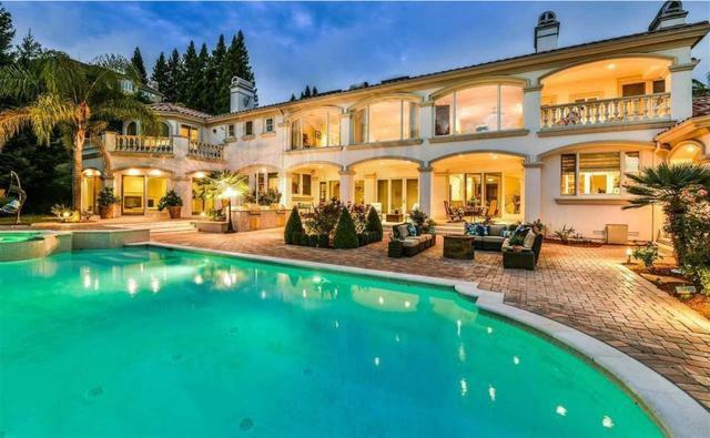 Football legend Larry Allen sells Bay Area mansion for $4 million