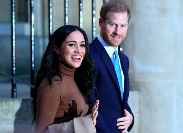 Meghan Markle, Prince Harry Put Up Privacy Screens in their $18 Million LA Mansion