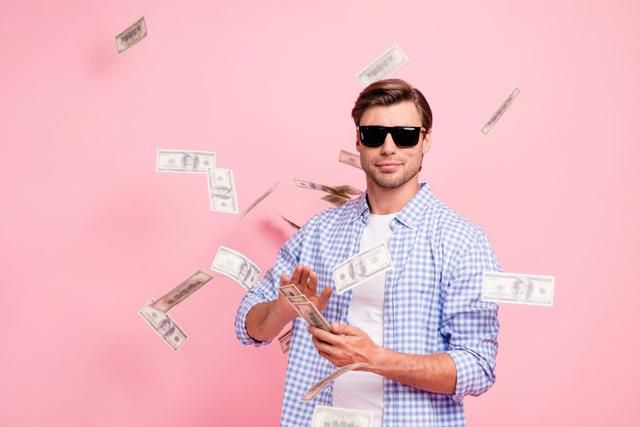 2 Stocks That Turned $1,000 Into $1 Million