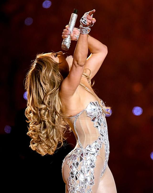 Can We Talk About J.Lo's Super Bowl Hair? Here's How to Get Those Bombshell Curls