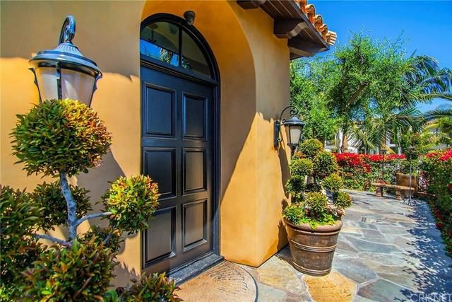 Shemar Moore's Encino house | Hot Property